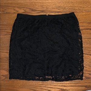 CHARLOTTE RUSSE black lace mini skirt XL